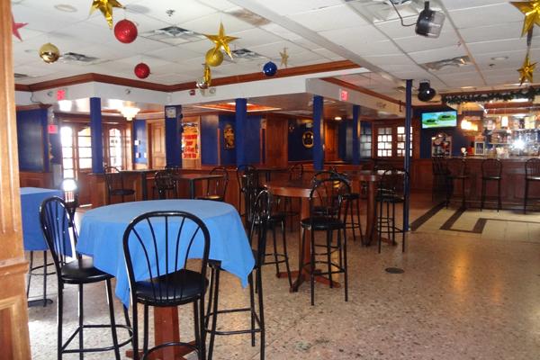3 Corner Restaurant & Bar